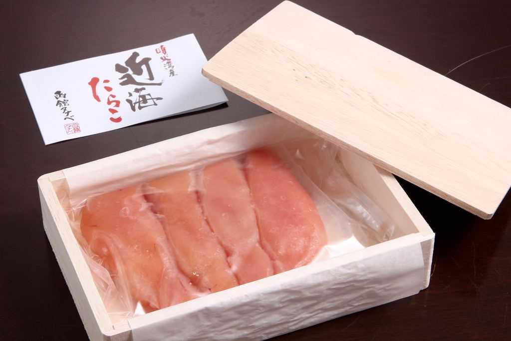 函館タナベ食品の函入り娘 近海無着色たらこ180gのパッケージ