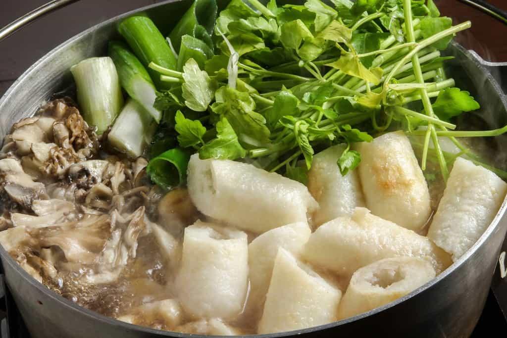 秋田の郷土料理きりたんぽ鍋、秋田比内やのきりたんぽ鍋