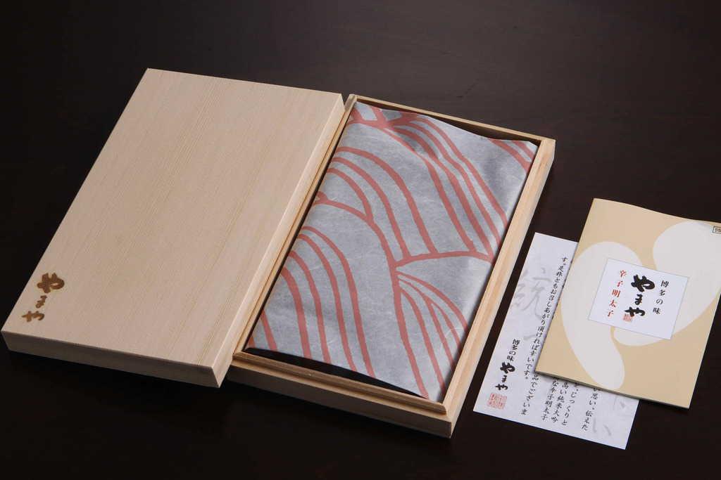やまやの辛子明太子(伝統・無着色)のパッケージ、博多明太子のお取り寄せ、通販辛子明太子
