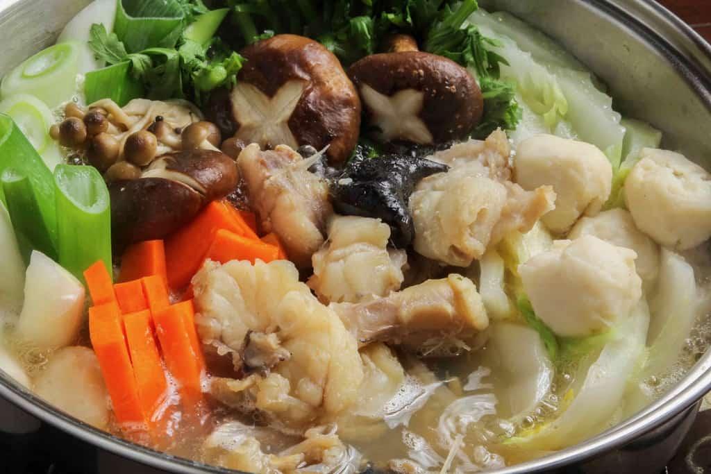 下関関とらのあんこう鍋を煮込む、通販・お取り寄せ鮟鱇鍋、アンコウの鍋料理