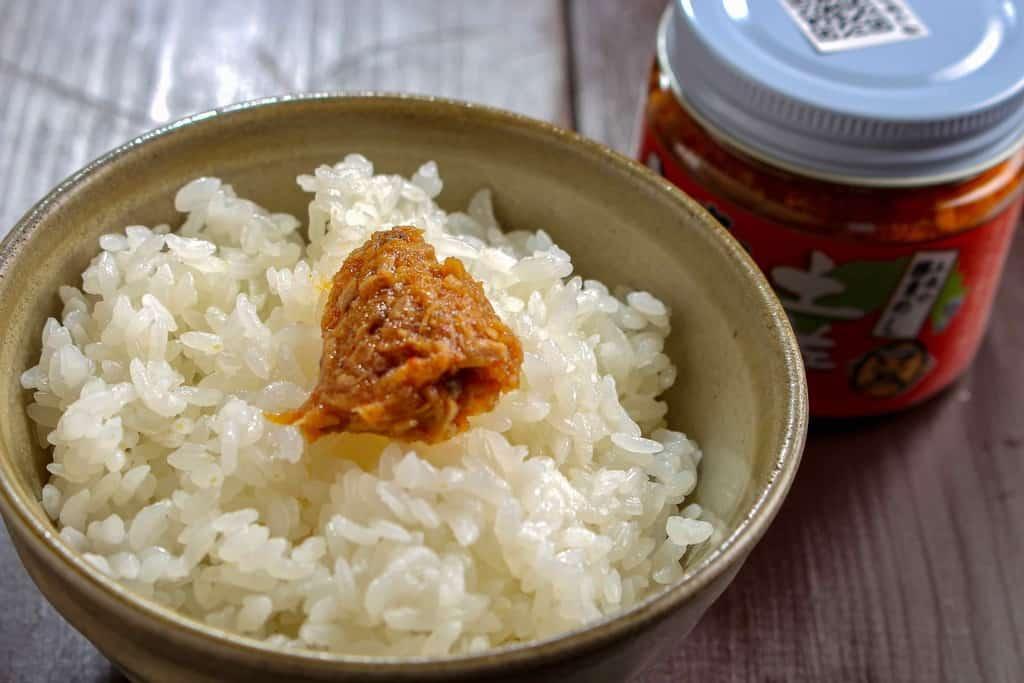 上町池澤本店の土佐の赤かつお(にんにく味)とご飯