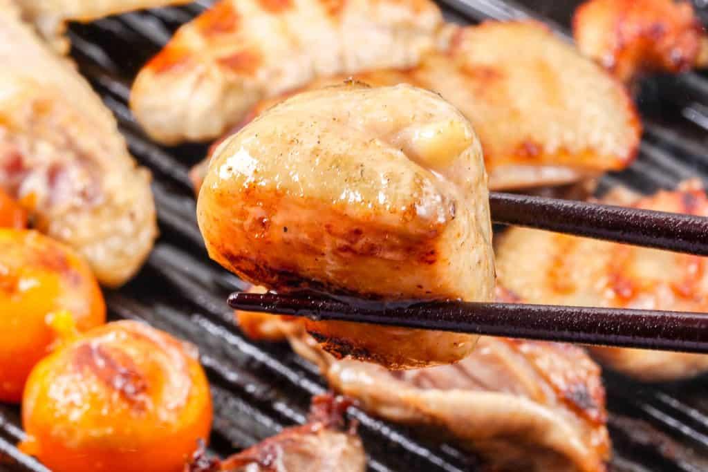 グリルパンで焼いた比内地鶏のぼんじり