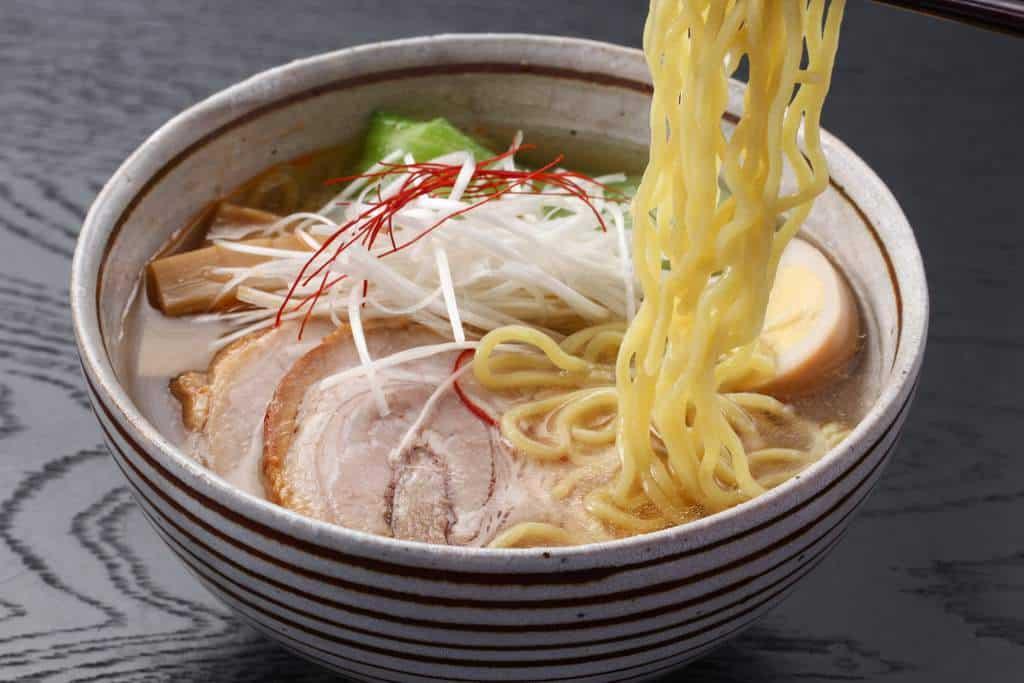 富山こだわり煮豚を使ったチャーシュー麺
