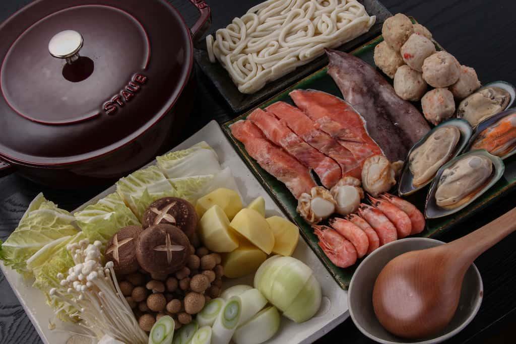 調理する前の石狩鍋セット