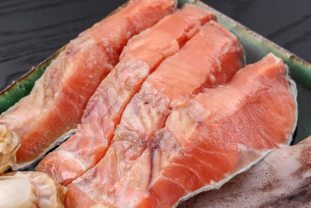 北海道石狩鍋に入れる鮭