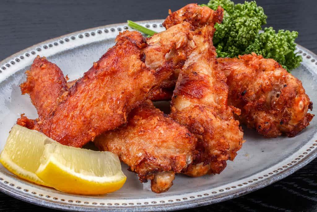 みやざき地頭鶏の手羽先・手羽元の唐揚げ、地鶏の唐揚げ