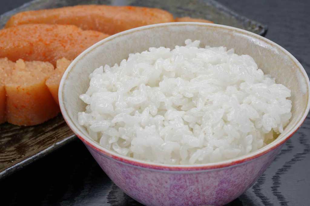 炊きたてご飯とあき津゛の辛子明太子