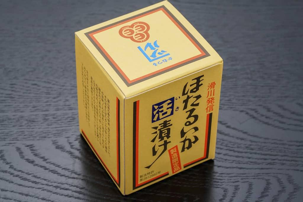 砂子商店のほたるいか活漬け180gのパッケージ、外箱