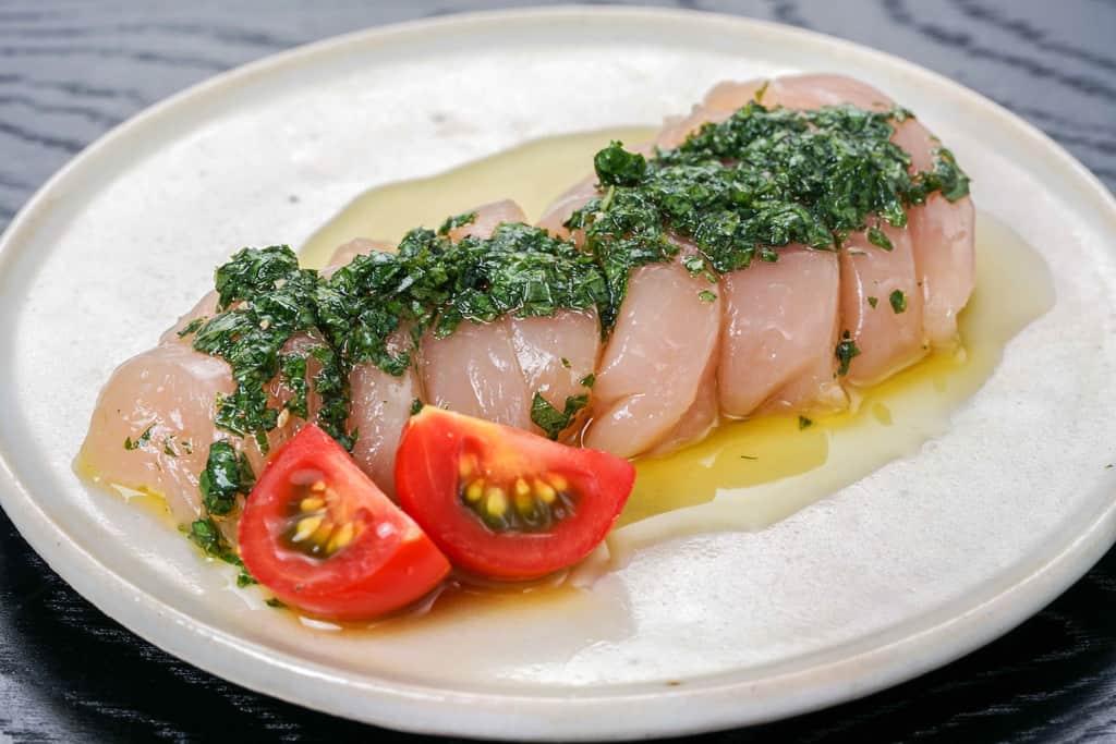 天草大王地鶏のササミ肉のカルパッチョ