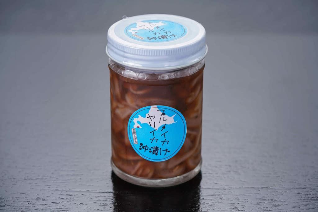 北海道函館市の高野鮮魚店から届いた瓶入りの自家製近海イカ刻み沖漬け