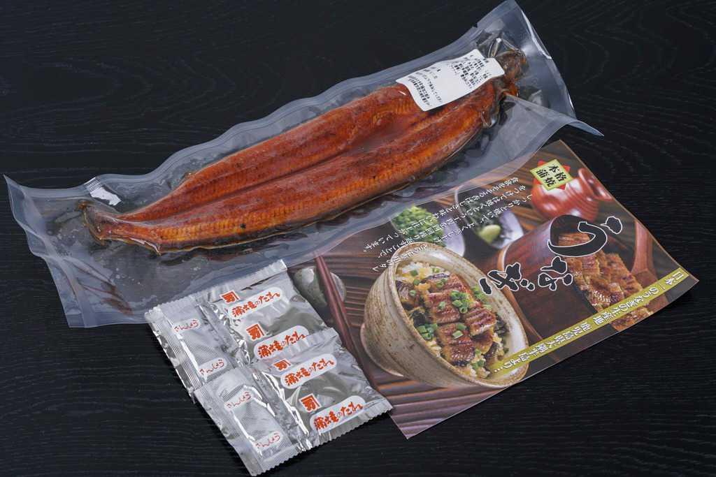 越前かに職人甲羅組からお取り寄せした鹿児島県産うなぎ蒲焼き1尾・タレ・山椒・リーフレット、通販うなぎ、鰻
