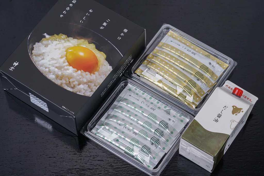 神宗の「卵かけご飯がおいしい詰め合わせ」の箱の中身