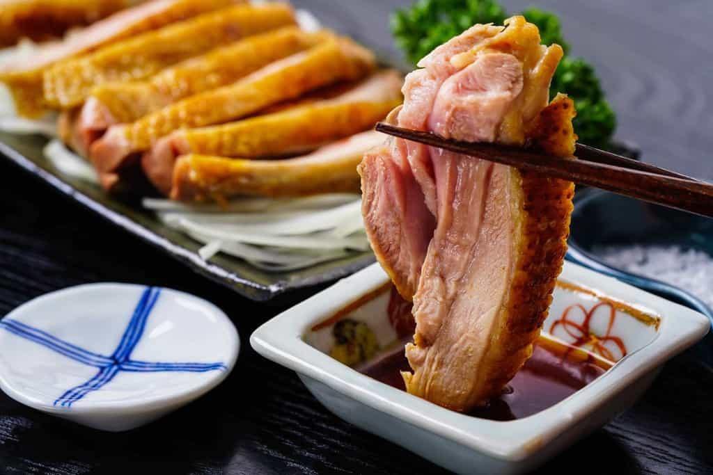 川俣シャモのモモ肉のたたき、地鶏のタタキ、地鶏もも肉たたき