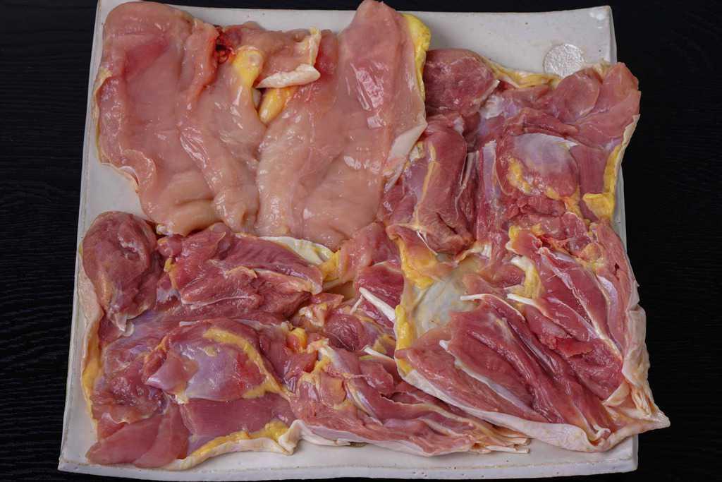 川俣シャモのモモ肉2枚・ムネ肉2枚
