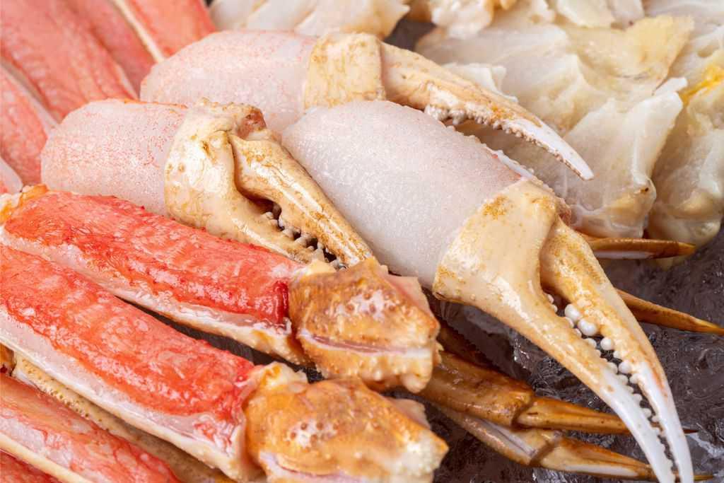 解凍したズワイガニの爪肉、生ズワイ蟹の爪肉