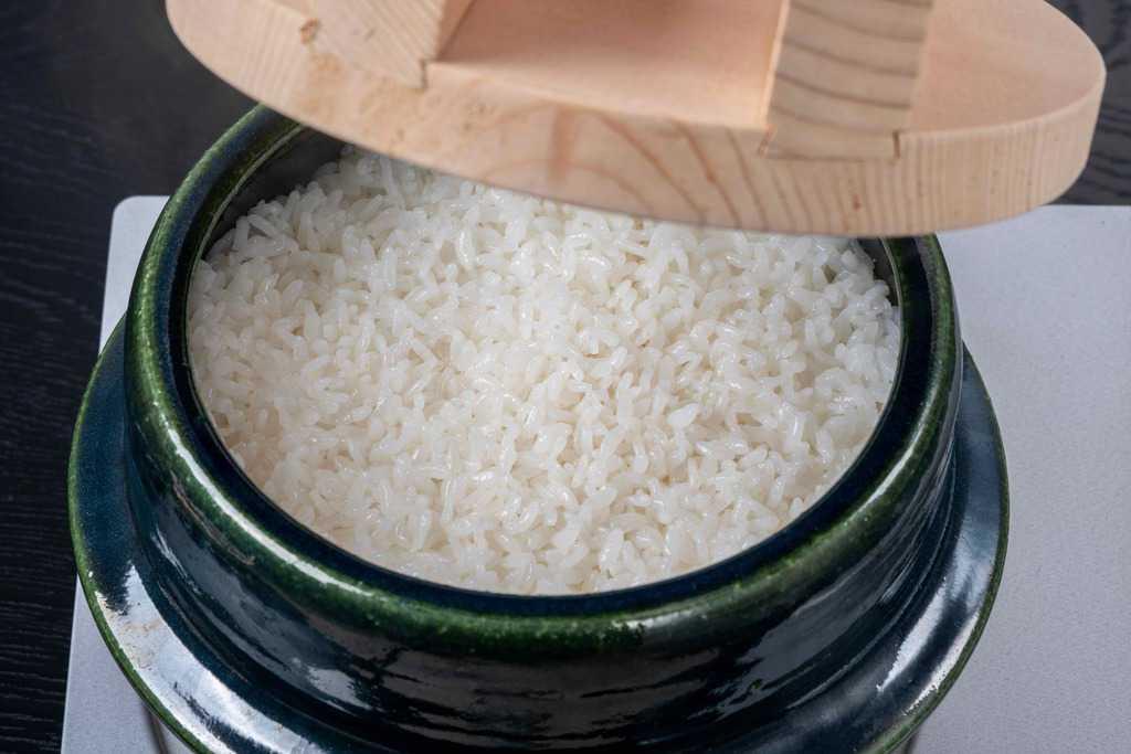 土鍋で炊いたご飯、土鍋ご飯
