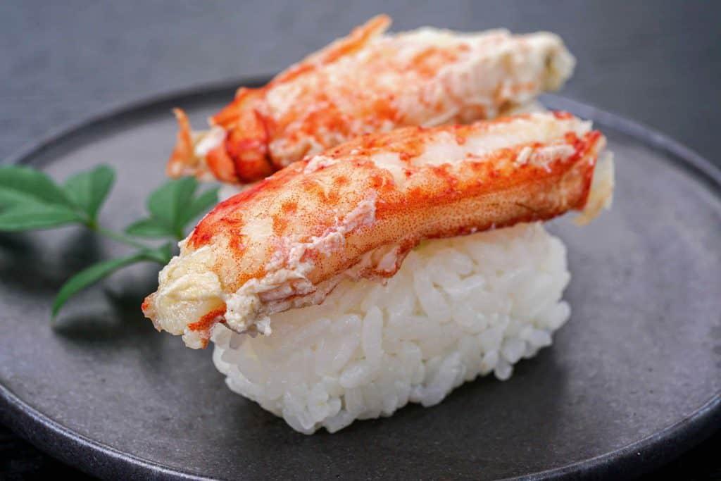 ロシア産超特大ジャンボ毛蟹の寿司、毛ガニの握り寿司