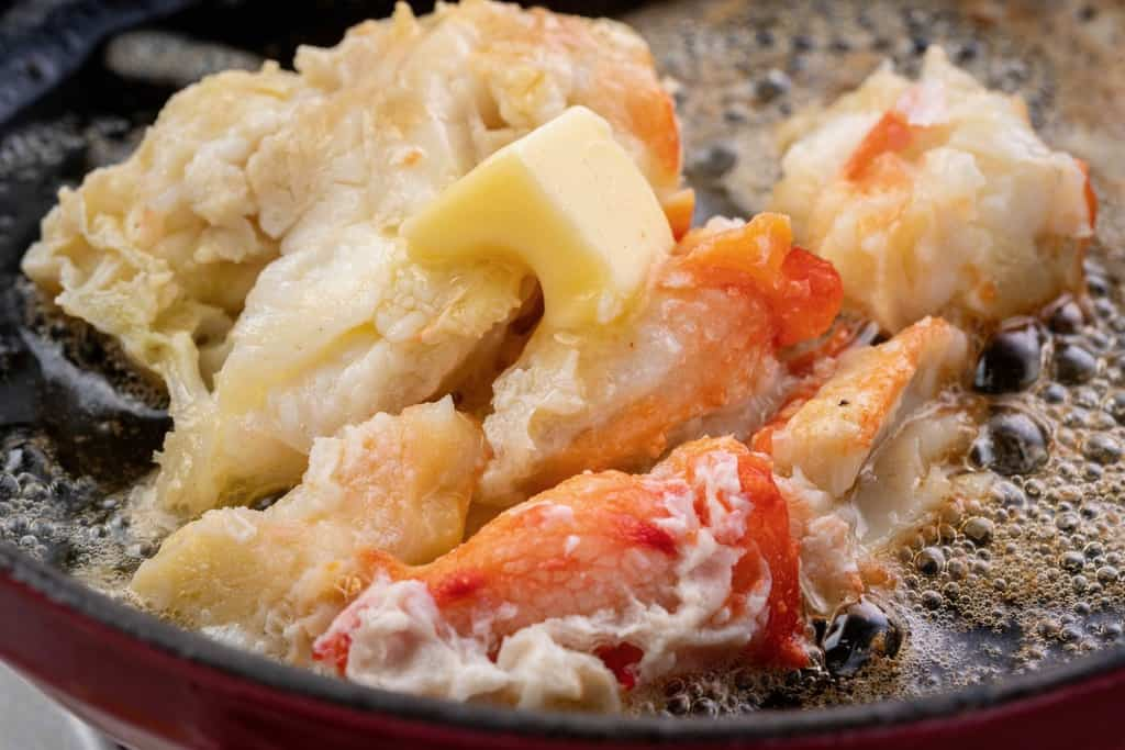 タラバガニのバター焼き、海の幸なのにYAMATOの特大タラバ蟹のバター焼き